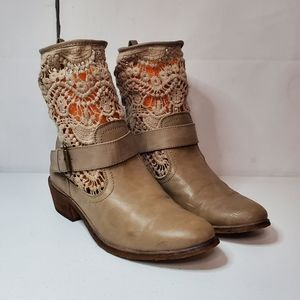 Bare Traps Crochet Accent Ankle Booties 9